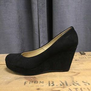 American Rag Wedge Heels 7.5 Black Shoes Kenna